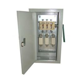 Рубильник в ящике с предохранителями ЯРП-100А